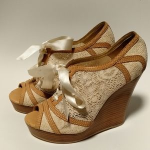 Anthropologie Seychelles cream lace wedged heels